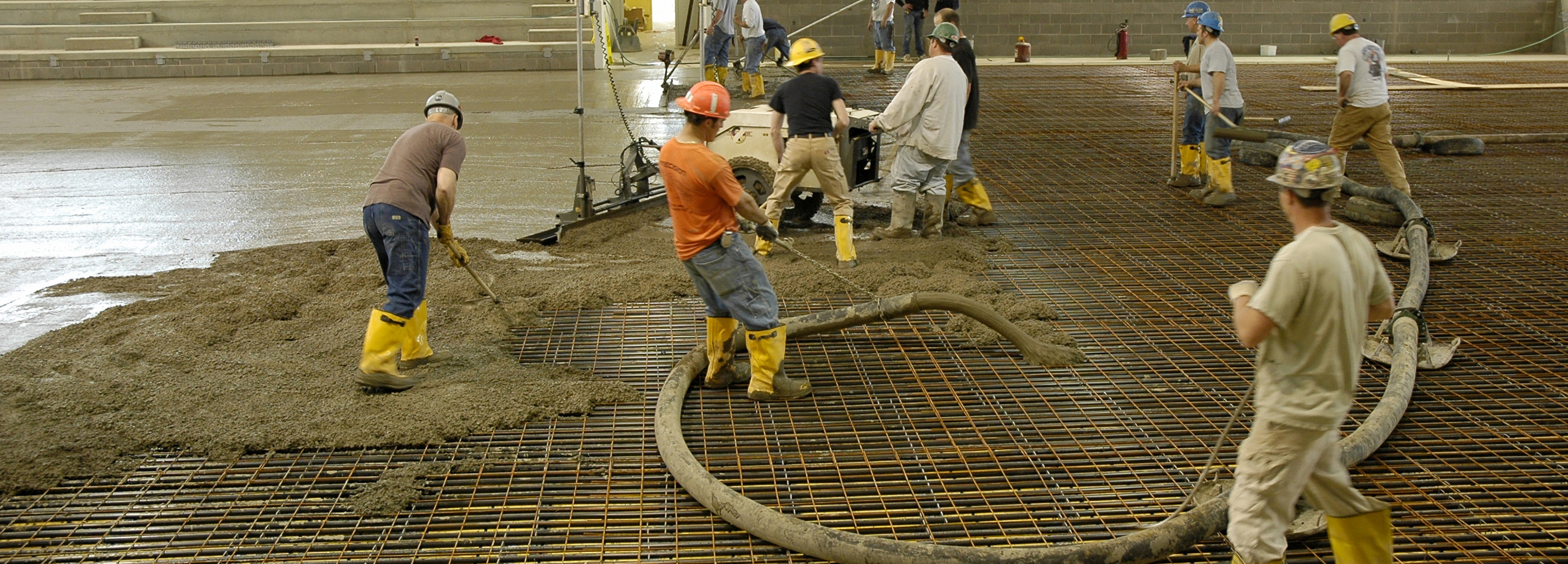 Hero Header Concrete Pour144